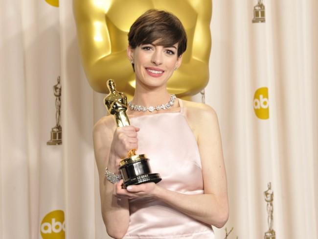 Anne Hathaway アン・ハサウェイ