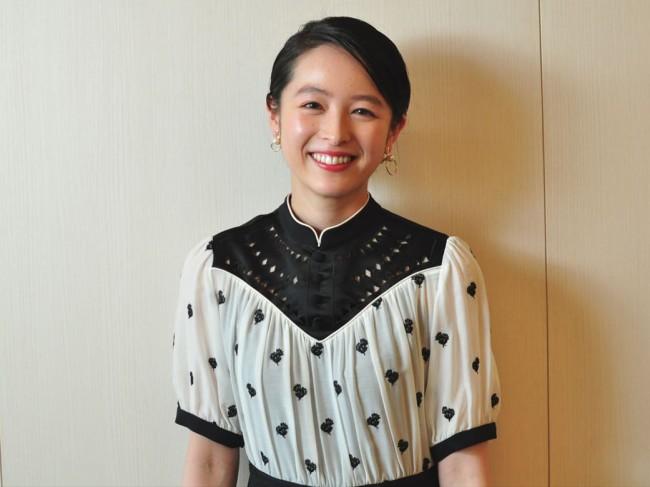清野菜名『やすらぎの刻~道』インタビューカット