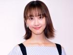 『笑う招き猫』松井玲奈インタビュー