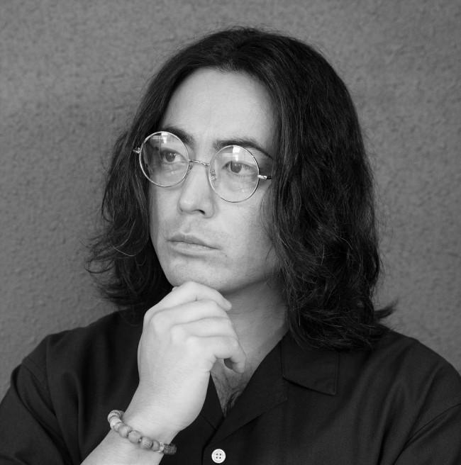 山田孝之 詩集『心に憧れた頭の男』